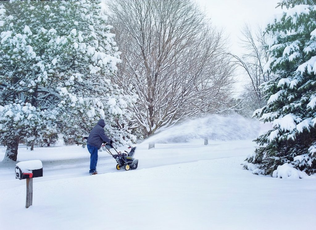Snow Removal Tips for Lawn