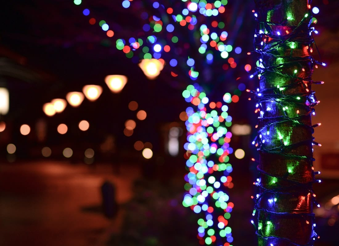 Christmas light safety tips for you and your family