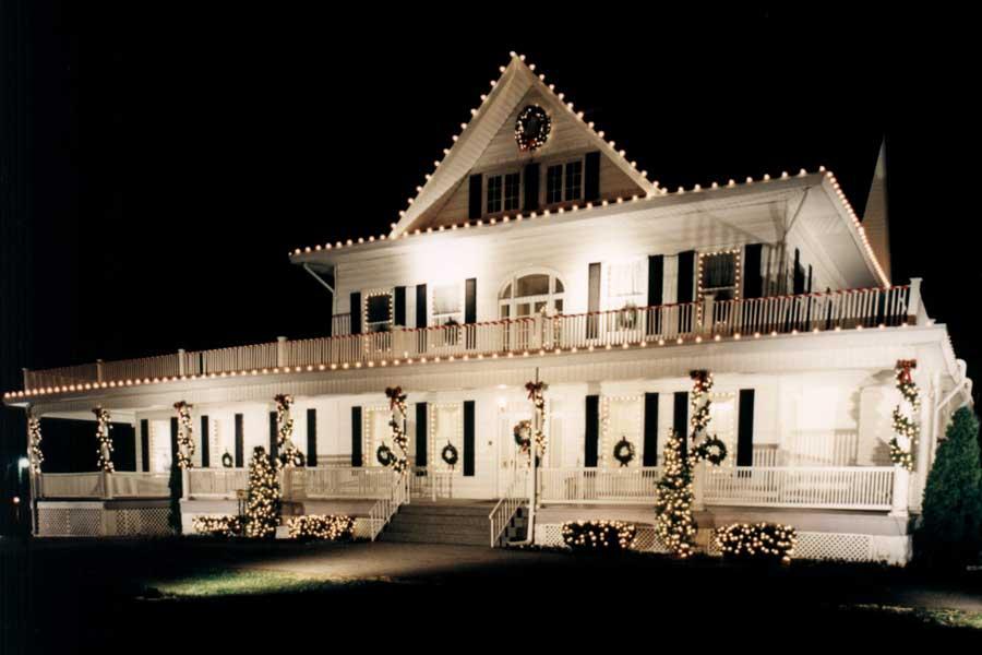 Christmas Light Decorating Services Iowa Aatb Inc